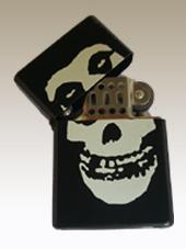 Misfits - Lighter (4x6Cm)